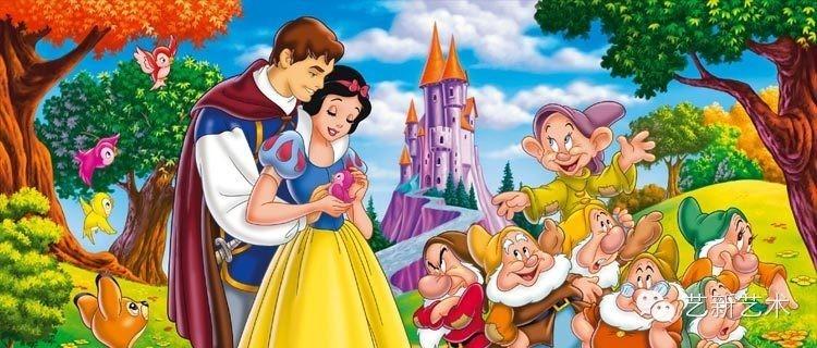 王子带着白雪公主,骑着白马向小矮人和森林里的动物