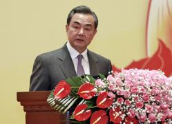 王毅部长在外交部2015年新年招待会上的致辞(中英对照)