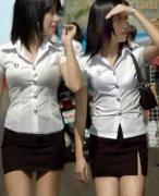 【不吐槽会死】全球校服大揭秘:日本短泰国紧中国丑,麻麻我要转学!