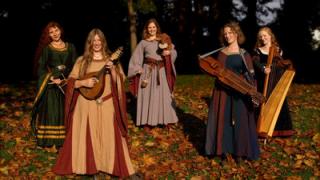 【歌声中享受德语】Roter Mond — die Irrlichter (中世纪风)