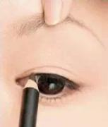 【从零学化妆】手把手教你画眼线!白菜价不晕妆眼线笔良心推荐