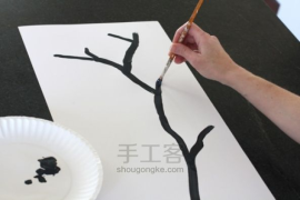 「手工课」の第十七课:DIY简易樱花印画墙贴教程