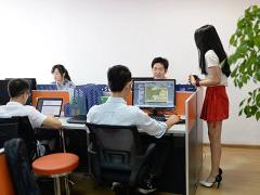 外媒看中国:程序员鼓励师是个什么鬼!
