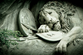 【看图猜景点】之【欧洲系列】第三十四弹:最哀伤的石雕,致忠诚的勇士
