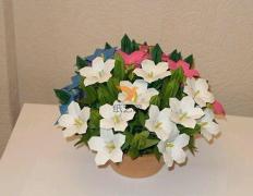 折纸百合花制作教程