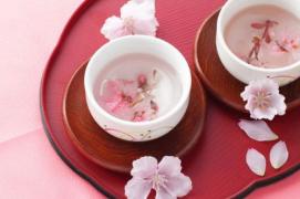 真正的秀色可餐:品味樱花做成的风雅美食