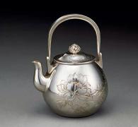 【茶时间】--15--银壶:顶级茶席中的亮点