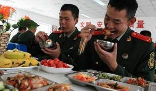 中外各国军队伙食大PK 最后咱们中国解放军胜出!