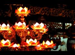 情根深种动禅心——六世达赖仓央嘉措的一生